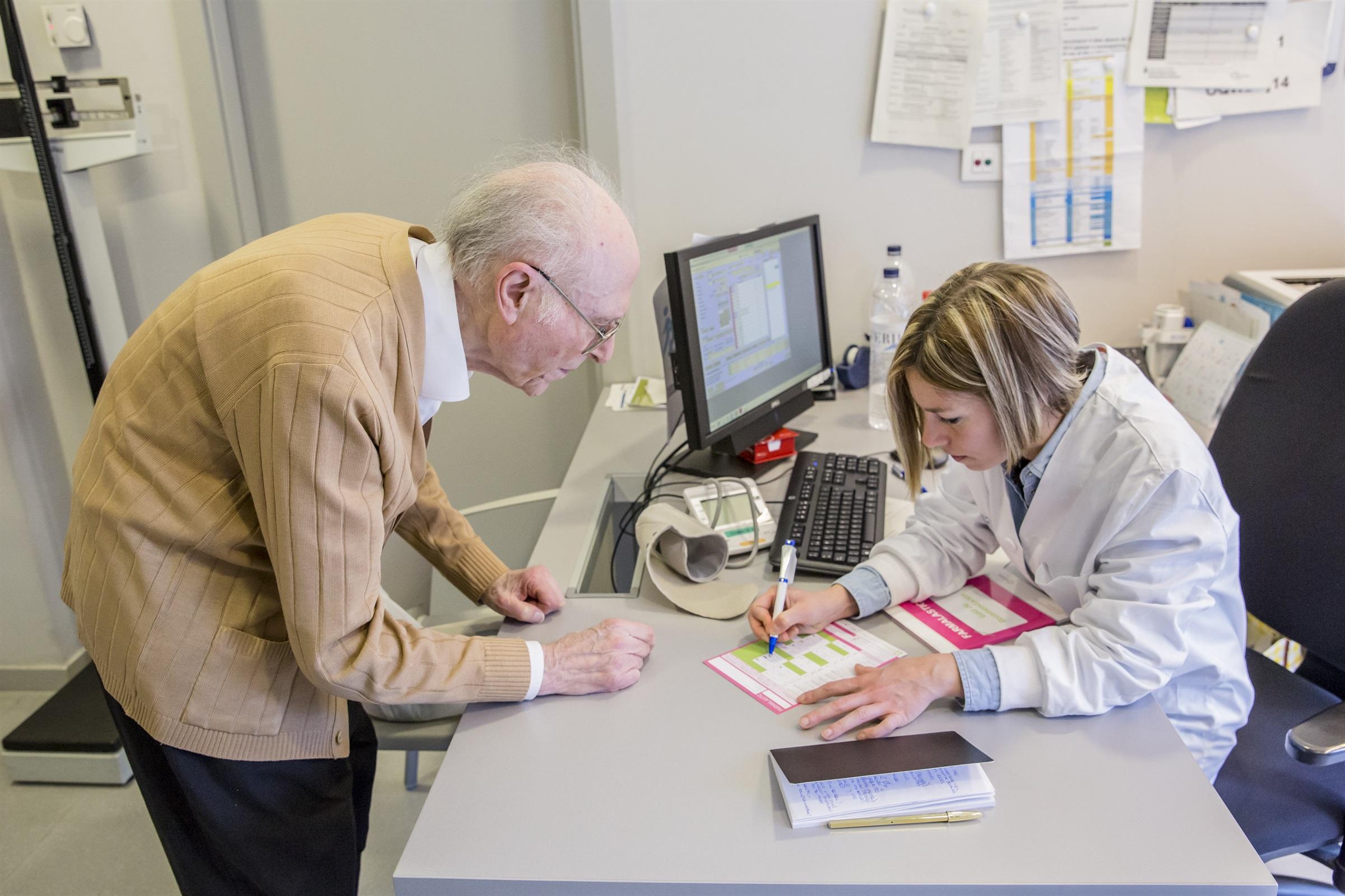 Les infermeres realitzen una tercera part de les visites a l'Atenció Primària de Catalunya