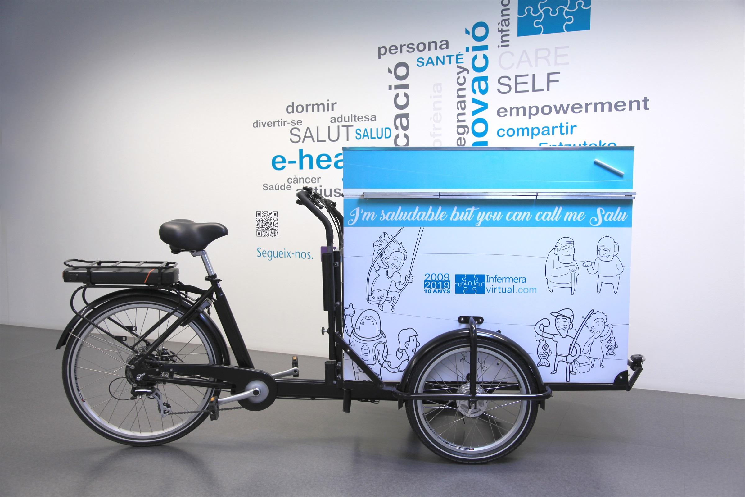 """Infermera virtual porta tallers i activitats amb la bicicleta itinerant """"la Salu"""" a la Fira de Salut de Sant Andreu de la Barca"""