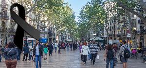 Enorme feina dels professionals de la salut atenent més d'un centenar de ferits de l'atemptat de Barcelona i Cambrils