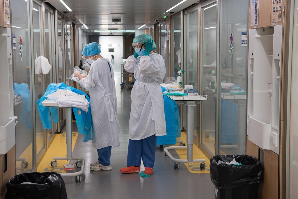 La Comissió Deontològica emet un document per recolzar i orientar les infermeres arran de la pandèmia de la COVID-19