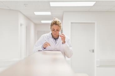 Elaborar un projecte de recerca en cures infermeres