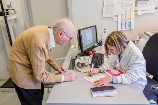 Un estudi de l'AIFiCC analitza què i com prescriuen les infermeres