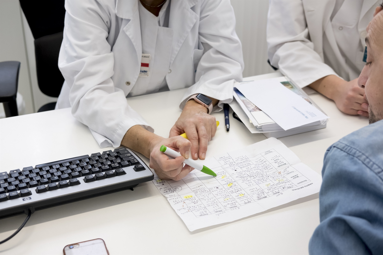 Tot a punt per posar en marxa el procés d'acreditació per a la prescripció infermera a finals d'agost