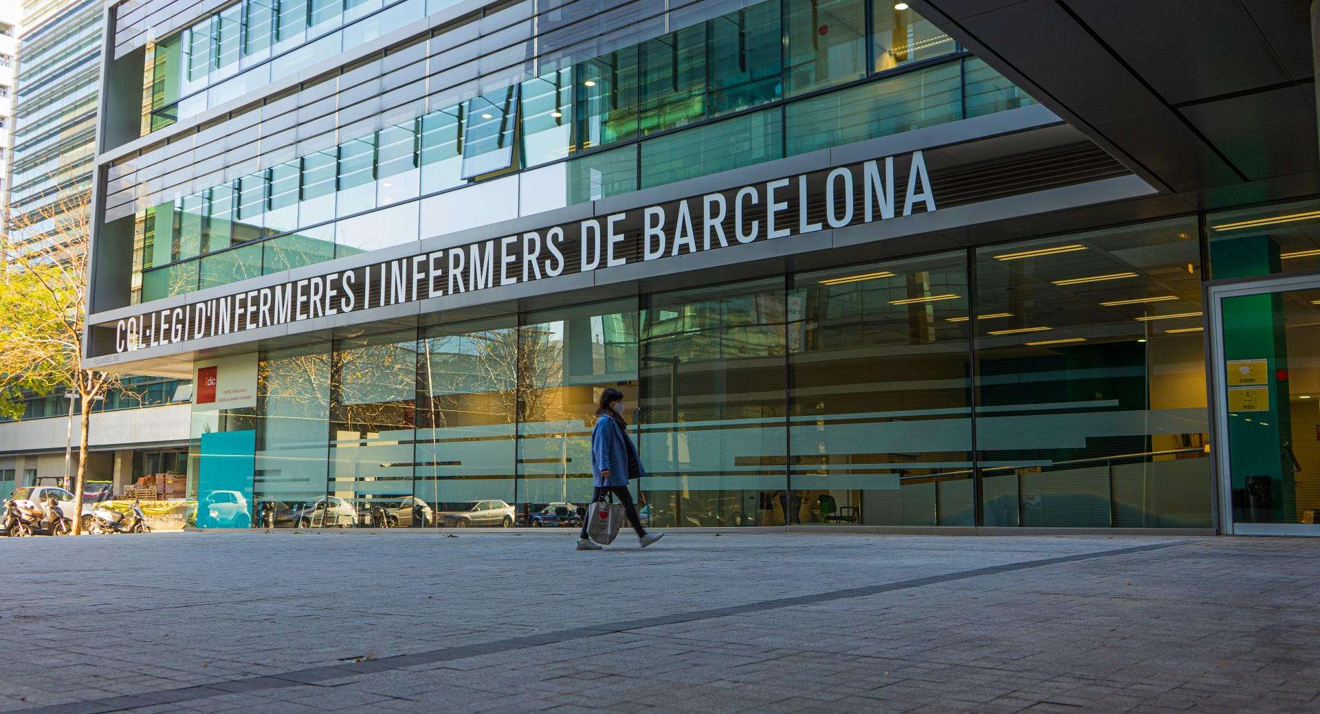 Les infermeres del sector privat que viuen a la ciutat de Barcelona es vacunaran a la seu del COIB