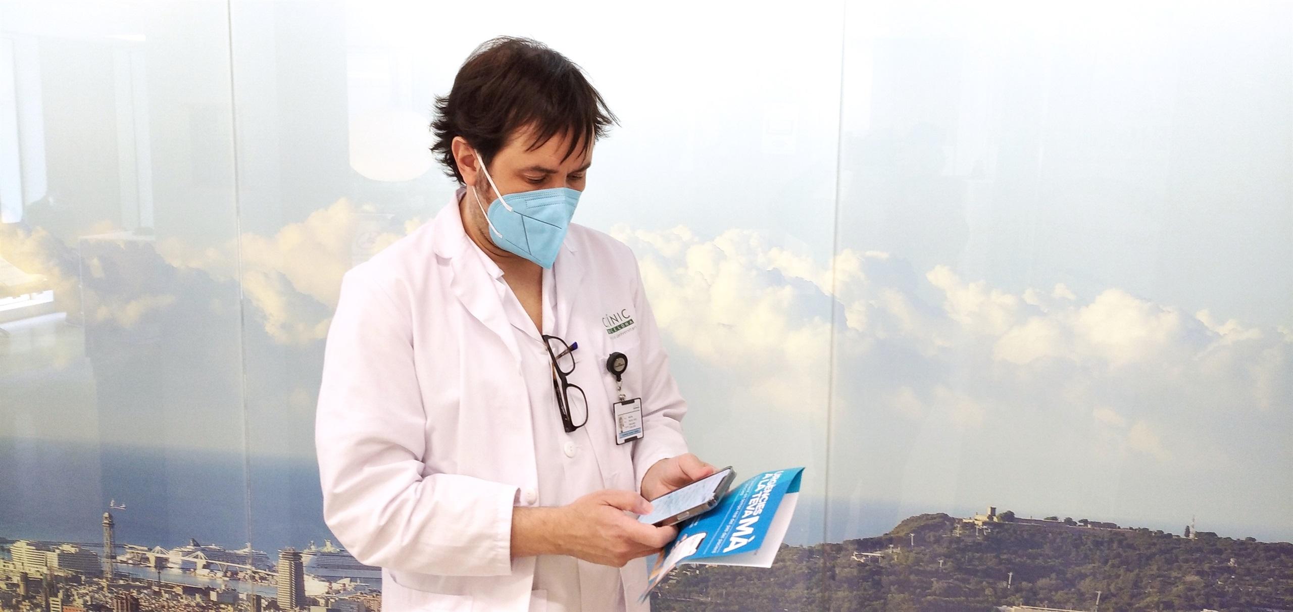 Un infermer idea una app que permet fer el seguiment als familiars de les persones ateses al servei d'urgències